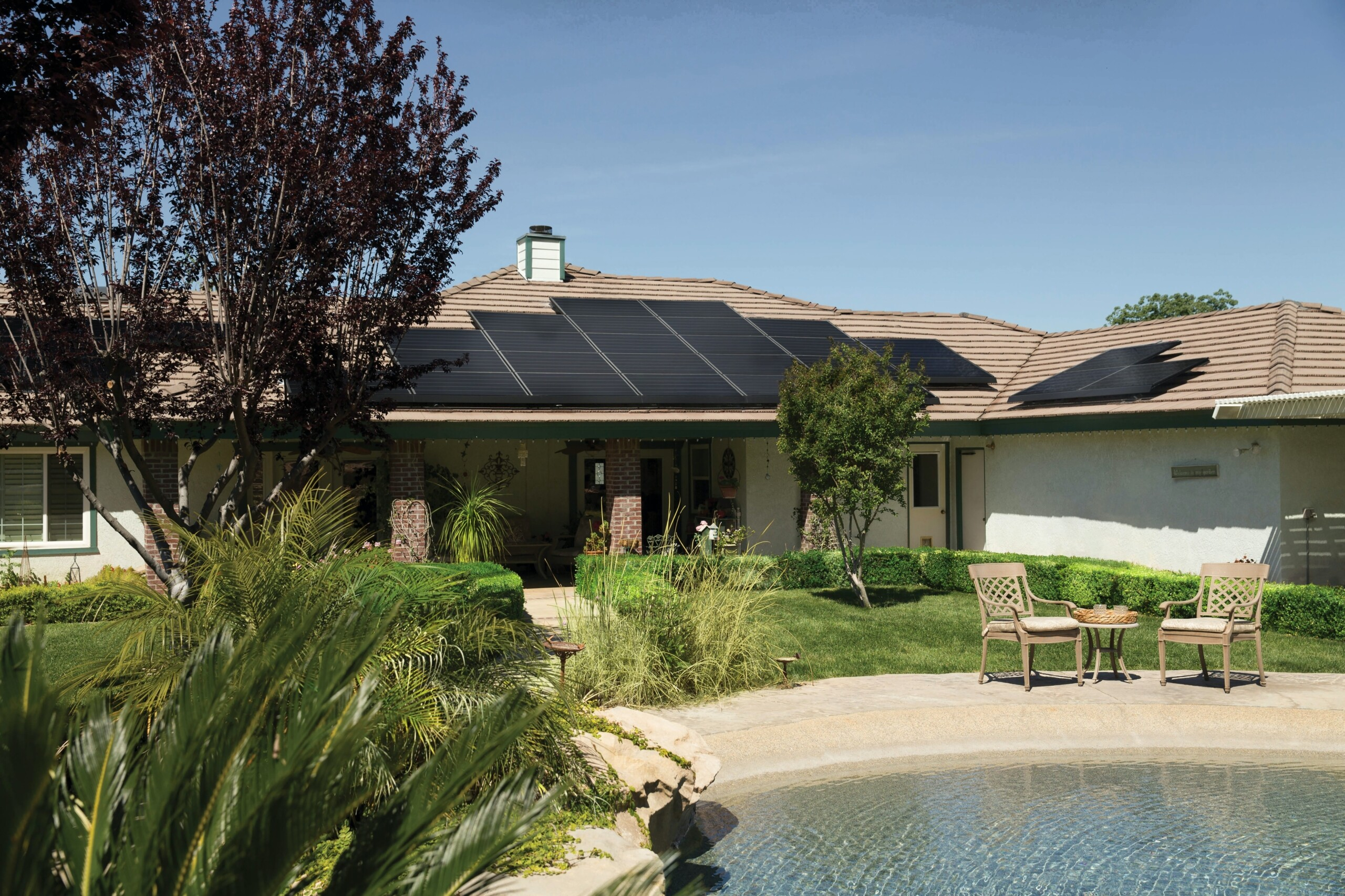 Solar Panels on Your Home: Pros & Cons