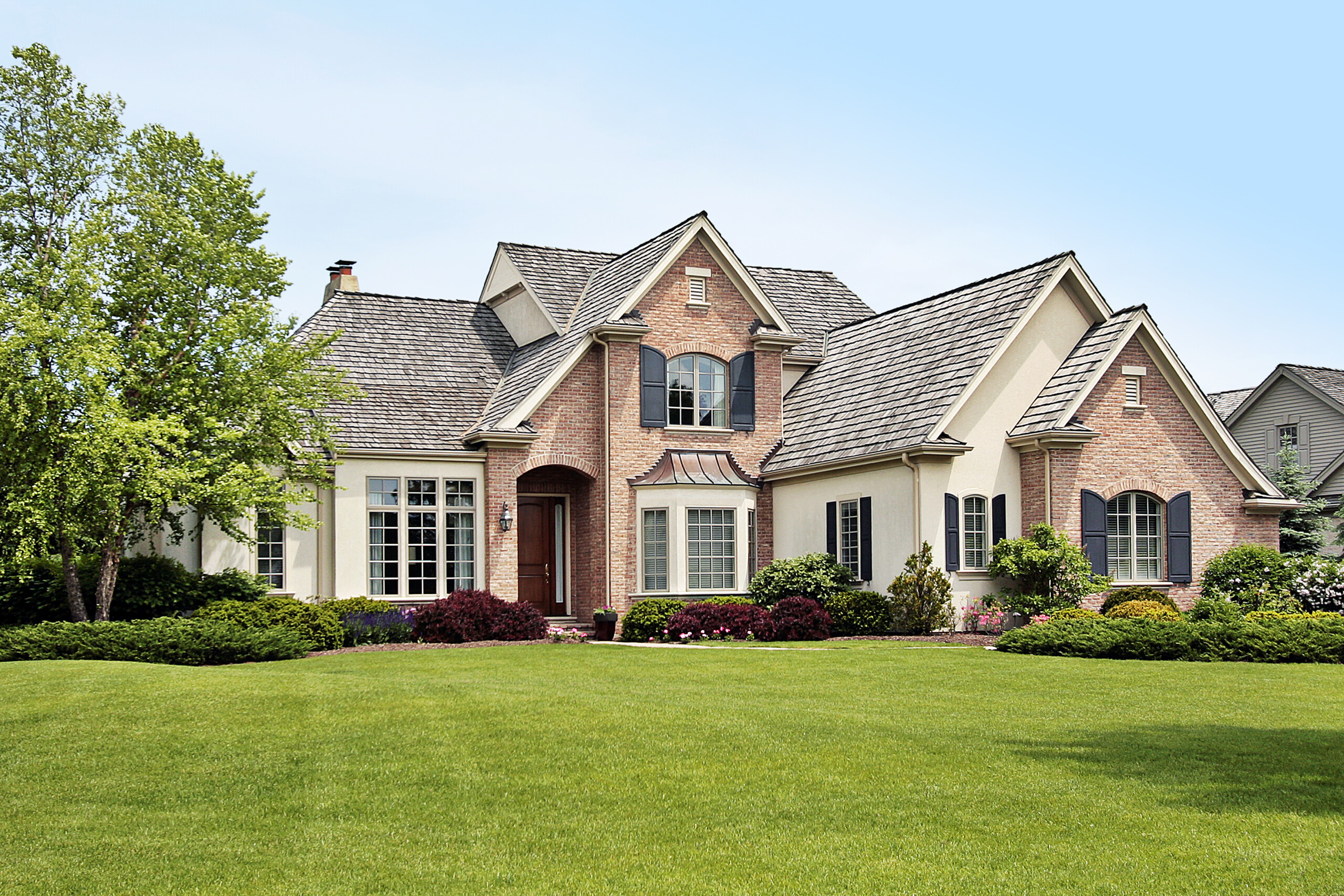 Spring Home Maintenance Checklist - How To Spruce Up Your Home When Winter Passes