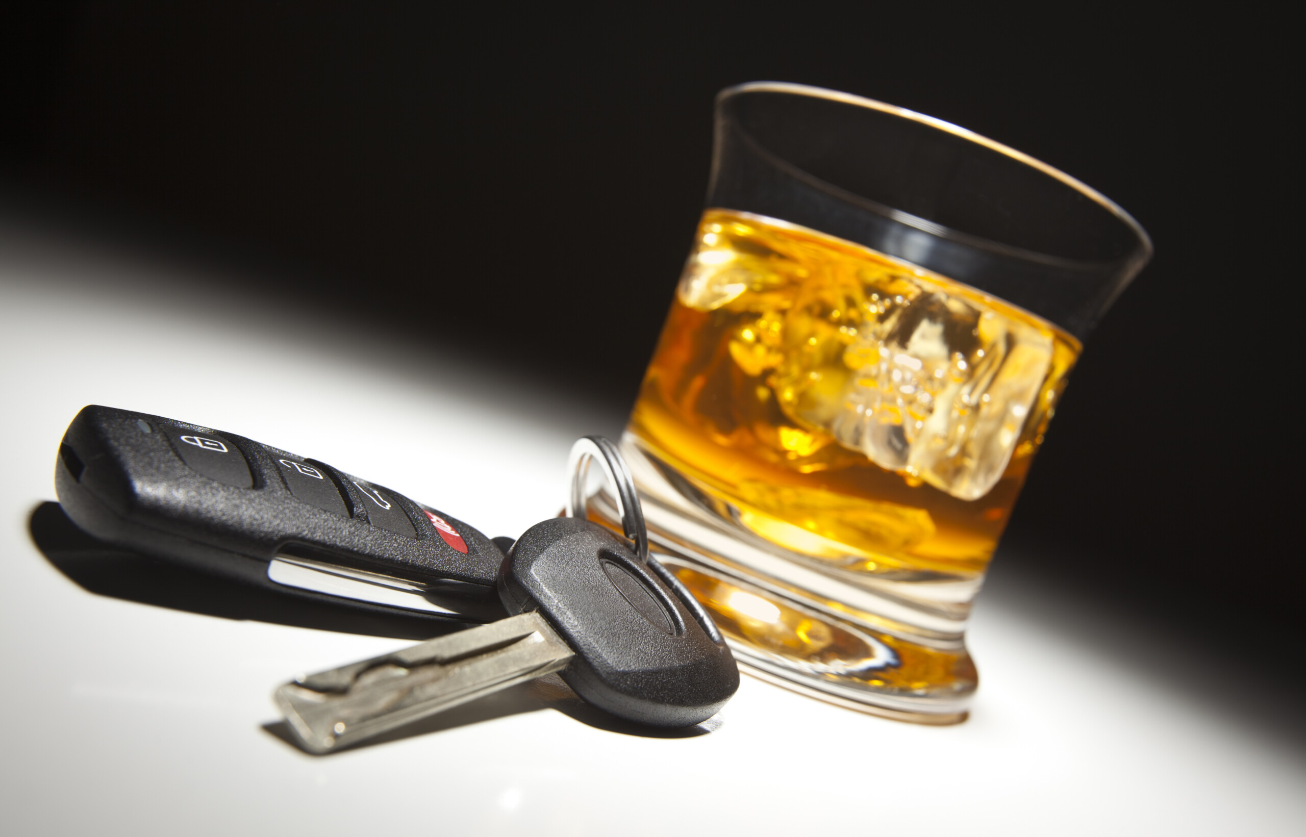 16 Ways to Stop Friends From Drinking & Driving